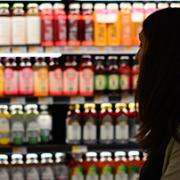 mujer supermercado