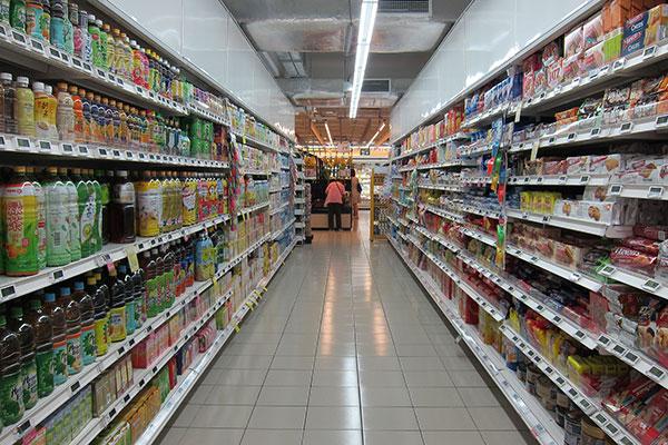 estantes supermercado seguridad alimentaria